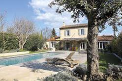 Saint-Rémy de Provence, la star des Alpilles