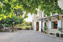 Saint-Paul-Trois-Châteaux, a quality life-style