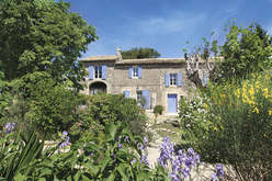 Les Alpilles, a must address in Provence