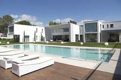 Mougins : luxury in the hills of the hinterland