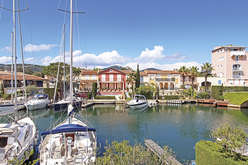 Grimaud, a commune on the sea