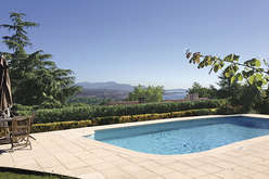 Villeneuve-Loubet, a privileged location