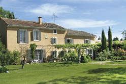Saint-Rémy-de-Provence, au coeur des Alpilles