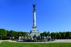 The hyper-centre of Bordeaux, highly-prized by Parisians