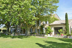 Luxury, charm and character, at the heart of the Alpilles