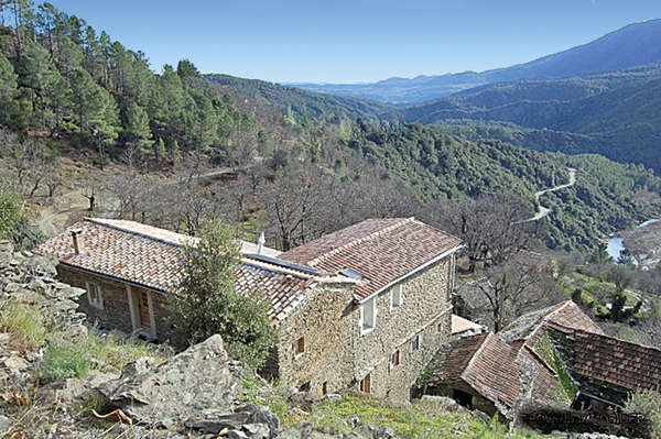 The southern part of L'Ardèche : Provençal charm - Theme_1488_1.jpg
