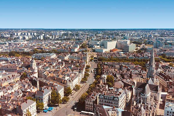 Nantes hyper centre, un emplacement parfait - Theme_2250_1.jpg