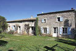 The greater Luberon, home to main and second residences - Theme_1344_2.jpg