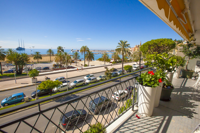 Apartment for sale in MENTON  - 2 rooms - 51 m²