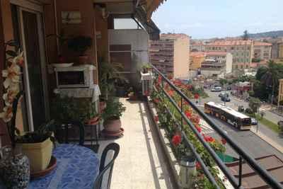 Appartement à vendre à MENTON  - 2 pièces - 48 m²