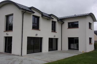 Maison à vendre à FREHEL  - 8 pièces - 200 m²