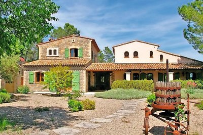 House for sale in LORGUES  - 12 rooms - 330 m²