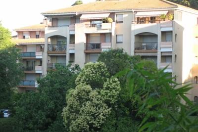 Appartement à vendre à AIX-EN-PROVENCE  - Studio - 20 m²