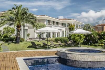 Maisons à louer à St-Jean-Cap-Ferrat