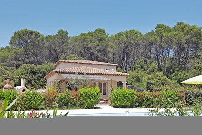 House for sale in DRAGUIGNAN  - 6 rooms - 160 m²