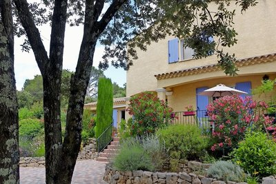 House for sale in UZES  - 5 rooms - 152 m²