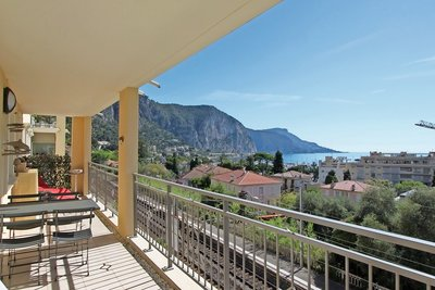 Apartment for sale in BEAULIEU-SUR-MER  - 4 rooms - 90 m²