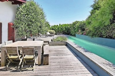 Villas maisons de prestige vendre bidart 64210 for Emile garcin biarritz