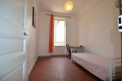 NICE- Appartement à louer - 3 pièces - 36 m²