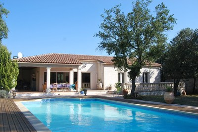 House for sale in UZES  - 5 rooms - 143 m²