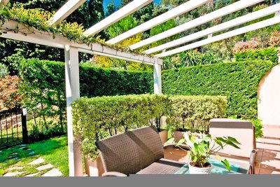 Apartment for sale in BEAULIEU-SUR-MER  - 3 rooms - 81 m²