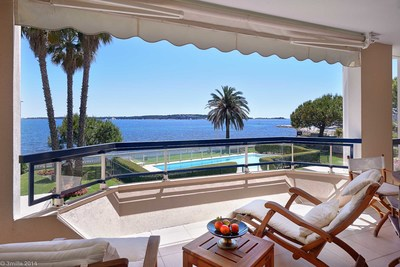 Apartment for sale in CANNES  - 3 rooms - 105 m²