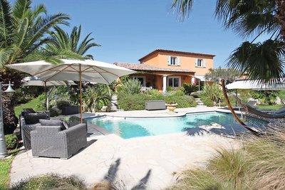 Maison à vendre à MANDELIEU-LA-NAPOULE  - 6 pièces - 220 m²