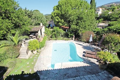 House for sale in GRASSE  - 6 rooms - 270 m²