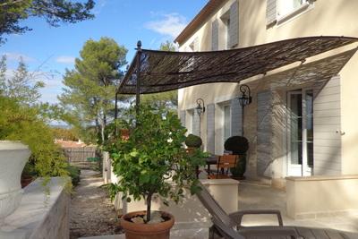 ST-RÉMY-DE-PROVENCE- Maison à vendre - 7 pièces - 160 m²