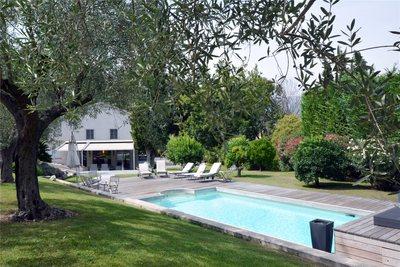 Maison à vendre à LA COLLE-SUR-LOUP  - 5 pièces - 350 m²