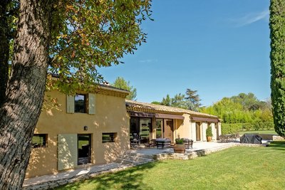 House for sale in AIX-EN-PROVENCE  - 7 rooms - 280 m²