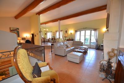 Maison à vendre à OPPEDE  - 7 pièces - 250 m²