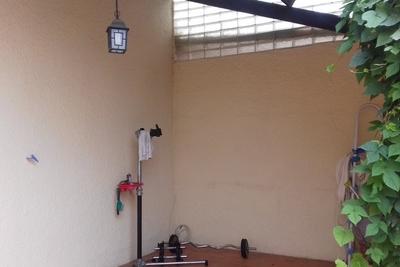 VITROLLES- Maison à vendre - 4 pièces - 93 m²