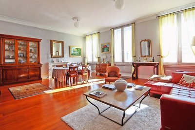 Apartment for sale in BORDEAUX  - 5 rooms - 180 m²