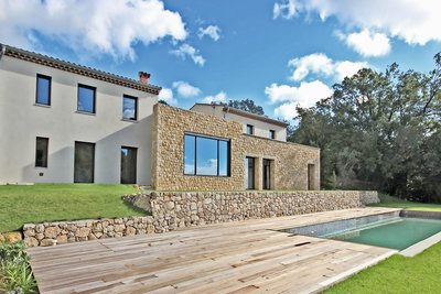 Maison à vendre à VALBONNE  - 6 pièces - 220 m²