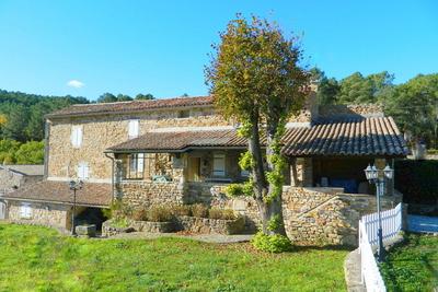 Maison à vendre à LES VANS  - 10 pièces - 450 m²