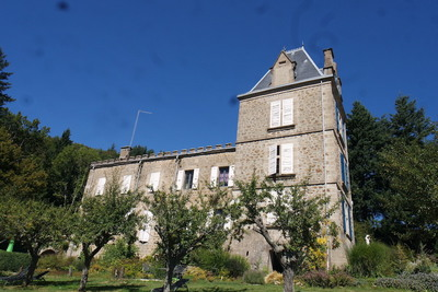Maison à vendre à LAMASTRE  - 20 pièces - 1000 m²