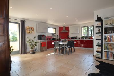 Appartement à vendre à L'ISLE-SUR-LA-SORGUE  - 5 pièces - 115 m²