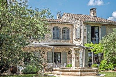 Maison à vendre à ST-REMY-DE-PROVENCE  - 6 pièces - 320 m²