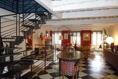 Appartement à vendre à VALENCE  - 8 pièces - 188 m²