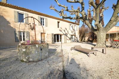 Maison à vendre à PLAN-D'ORGON  - 8 pièces - 250 m²