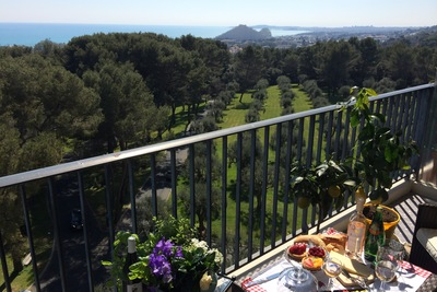 Apartment for sale in CAGNES-SUR-MER  - 4 rooms - 91 m²
