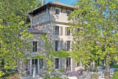 House for sale in MONTELIMAR   - 750 m²