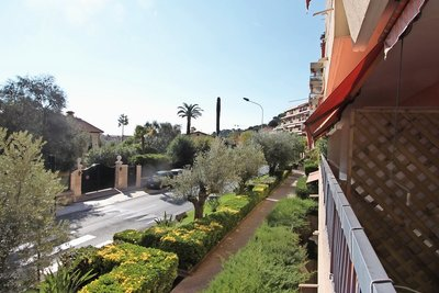 Apartment for sale in BEAULIEU-SUR-MER  - 3 rooms - 58 m²