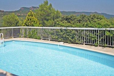 House for sale in ROQUEBRUNE-SUR-ARGENS  - 5 rooms - 95 m²