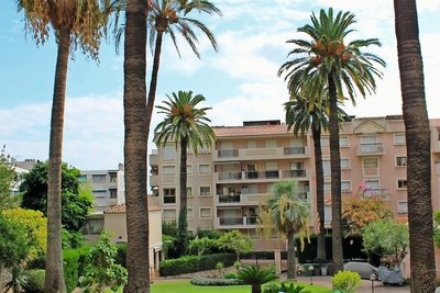 Apartment for sale in BEAULIEU-SUR-MER  - 2 rooms - 38 m²