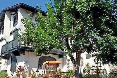 Apartment for sale in ST-JEAN-DE-LUZ  - 5 rooms - 215 m²