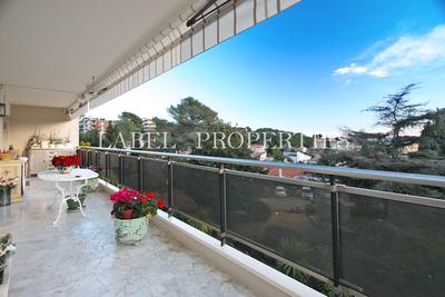 LE CANNET- Appartement à vendre - 5 pièces - 130 m²