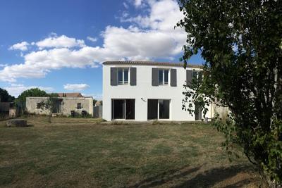 THAIRE- Maison à vendre - 5 pièces - 120 m²