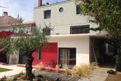 LA ROCHELLE- Maison à vendre - 9 pièces - 245 m²